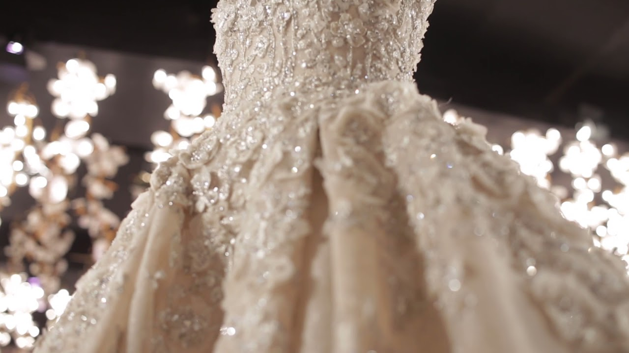 Most GORGEOUS Elie Saab wedding dress you\'ll ever see ! Notice the ...