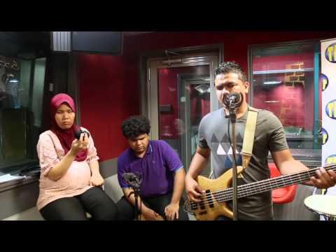 Free Download Caliph Buskers- Hanya Namamu Akustik Live Mp3 dan Mp4