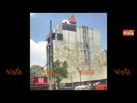 Terremoto 7.1 in Messico, l'edificio enorme oscilla e perde pezzi