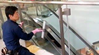 楽ふき・窓ガラス清掃作業風景