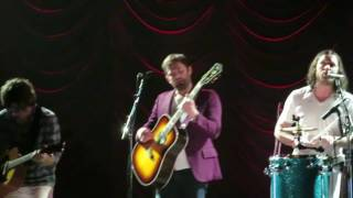 Kings Of Leon - Live (Hamburg, Barcley Card Arena 16.02.2017)