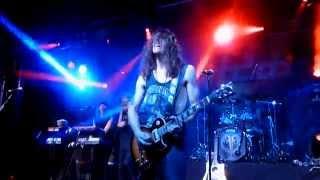 H.E.A.T - Emergency (Live Firefest 2014)