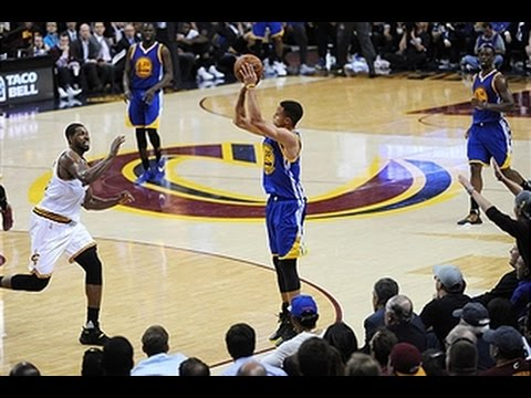 WATCH: Warriors set NBA Finals record for 3-pointers with 18 in Game 2