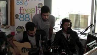 Μέλισσες - Κρυφά / Lady / World Hold On Live @ Fresh 88.6