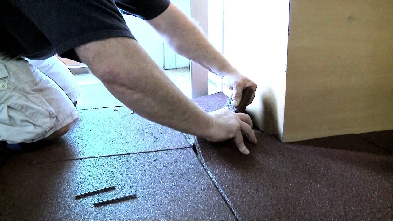 Installing Rubber Gym Flooring Tiles