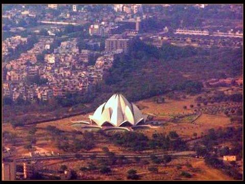Air India AI - 021 CCU (Kolkata) to DEL (New Delhi) Landing