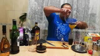видео Рецепты молочных коктейлей: шоколадный и с кофейными зернами