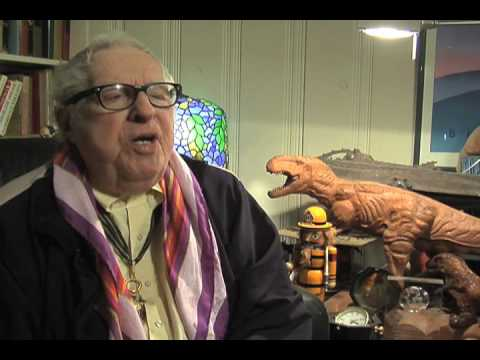FRED POHL & RAY BRADBURY TALK ABOUT THE OLD PULP FICTION ERA FOR TV DOC