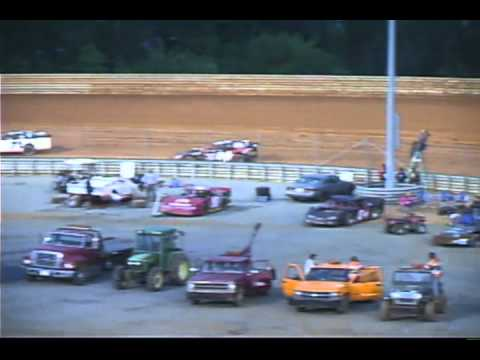 Virginia Motor Speedway Modifieds 5-7-11