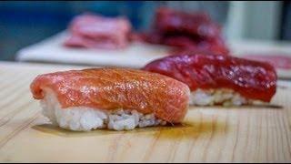 Tuna nigiri - how to make tuna nigiri sushi - japanese food recipe