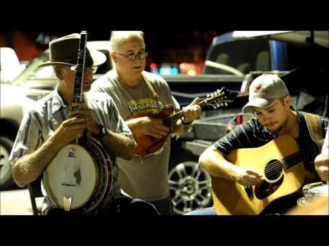 Bluegrass Core ~ OCOEE PARKING LOT BLUEGRASS JAM