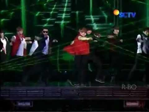 SUPER JUNIOR - OPERA Supershow 4 Indonesia @ SCTV 30-04-2012.avi.flv