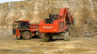 HITACHI EX1200-6LD Loading an HITACHI EH1100
