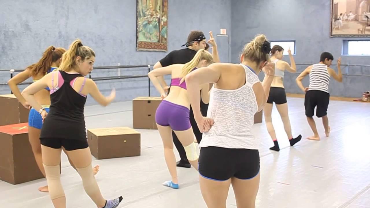 Razzle Dazzle'Em: Choreographer Julie Doyle
