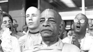 Absorbed Both By The Mind and Intelligence Twenty-four Hours Thinking of the Lord - Prabhupada 1078