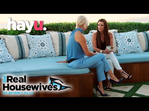 Yolanda Tells Kyle About Brandi's Bizarre Behaviour | The Real Housewives Of Beverly Hills