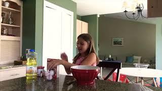 BAKING WITH BELLA!! (making cake) 🍰😆