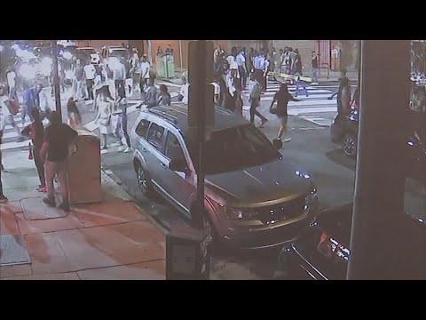 Bill Cunningham - VIDEO: Mob of 60 Teens Loots Walgreens In Philadelphia