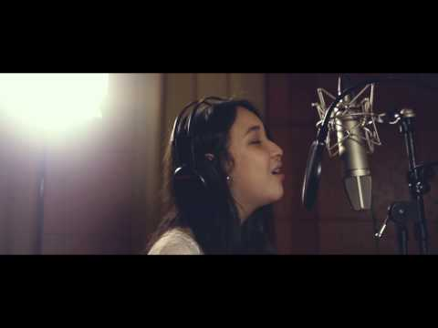 Agatha Pricilla -  Die In Your Arms (Acoustic Cover Justin Bieber)