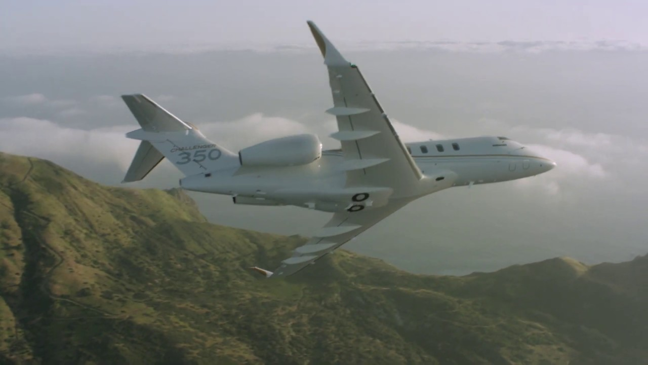Challenger 350 business jet