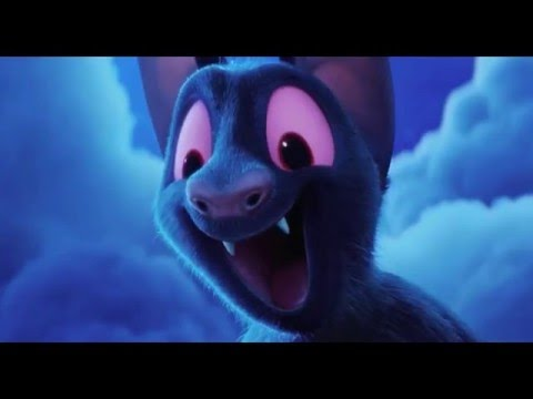 Hotel Transylvania 2 - Papa Drac show off power plus skill and playing Hide and Seek