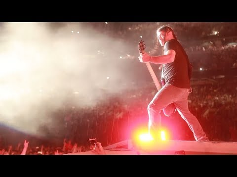 Metallica: Moth Into Flame (MetOnTour - St. Louis, MO - 2017)