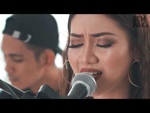 Daiyan Trisha - Kita Manusia (Akustik)