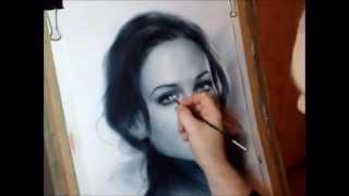 Рисование портрета в технике сухая кисть.