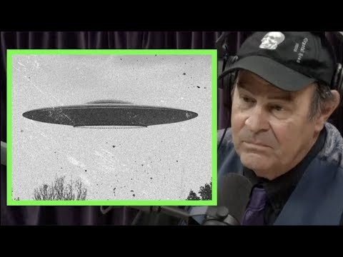 dan-aykroyd-details-his-ufo-experiences-|-joe-rogan