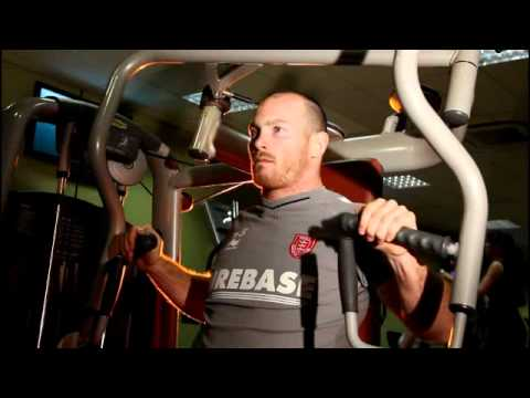 Rhys Lovegrove of Hull Kingston Rovers in the Gym with FluxOne20 Magazine