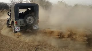 hi friends today i show mahindra major jeep is off road in rajastha...
