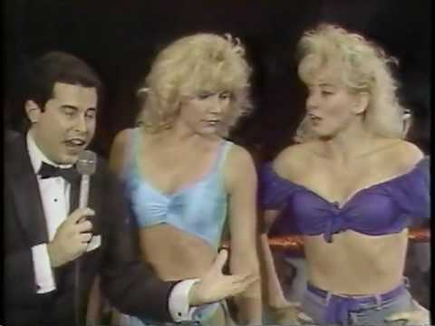 P.O.W.W. WOMEN'S WRESTLING. VINTAGE 1987 BOMBSHELL BLONDES