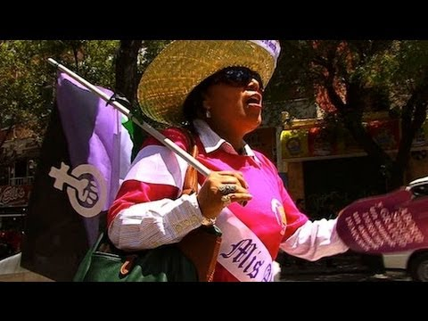 Bolivian Women's Groups Demand Decriminalization of Abortion