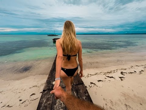 Bocas Del Toro, Panama - GoPro: Morning Walks In Paradise With The Puppies And Babe!