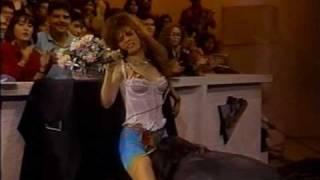 Gloria Trevi - Virgen De Las Virgenes [En Vivo] (1991)
