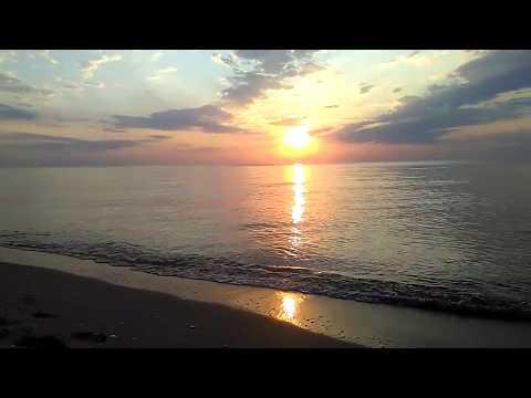 Рассвет на пляже Черные Камни за Махачкалой, июль 2019 | Сулакская трасса, Каспийское море, Дагестан