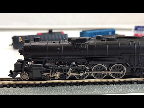 Bachmann N Scale EMPIRE BUILDER Train Set – Santa Fe Steam Locomotive and Freight