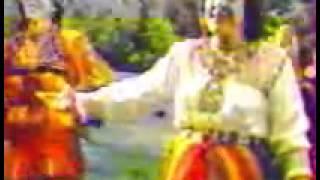 "LOUIZA ""Yelis laqbayel"" (la fille Kabyle) chant Kabyle"