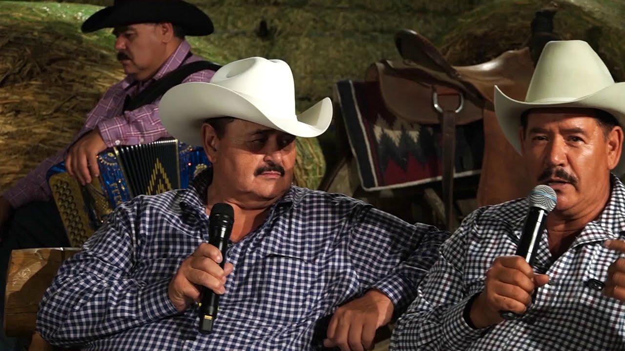 Download Los Huracanes del Norte - Que Me Entierren Cantando [Desde el Rancho]