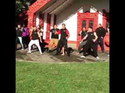 Group performs Hakka dance to welcome Sinach to New Zealand