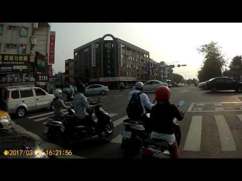 台南三寶飯的日常 逆向二段轉 左轉靠左直接轉很難嗎?