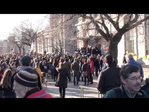 5/22   Hôtel de Ville Montréal re P-6 22 avril 2013 April 22 Montréal City Hall anti P-6