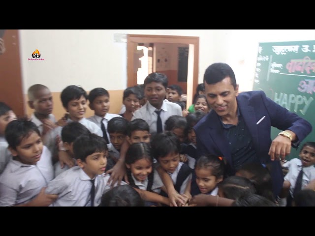 Producer Anand Pandit Visit Municipal School To Meet Kids Ahead On His Birthday