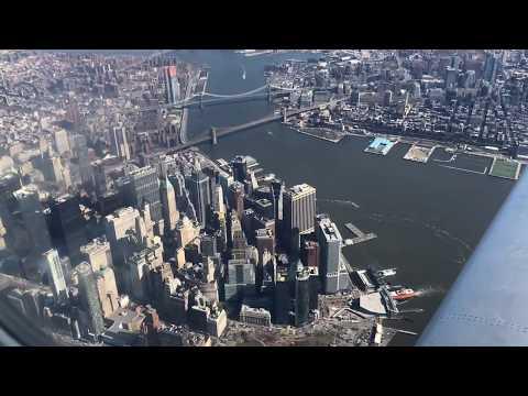 Fantastic CLOSE UP Views! - Flying Over Manhattan New York City- Landing LGA Laguardia - DL CRJ-900