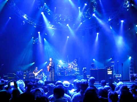 The Dave Matthews Band - Christmas Song - Charlottesville 11-19-2010