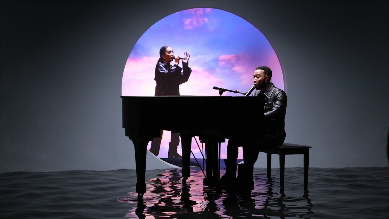 Download Faouzia & John Legend - Minefields (Live on The Today Show)