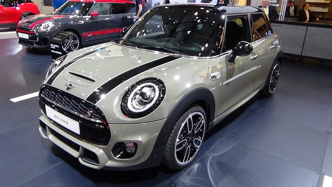 2018 mini cooper s 5d exterior and interior auto show brussels 2018 youtube. Black Bedroom Furniture Sets. Home Design Ideas