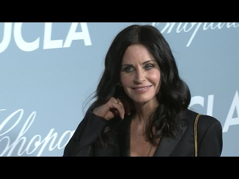 Courteney Cox goes green