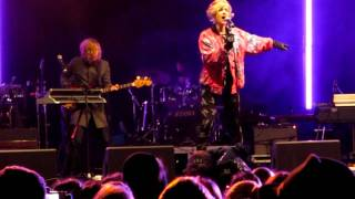 Tove Styrke - White light moment (live Clarion Hotel Post invigning 26-01-12)