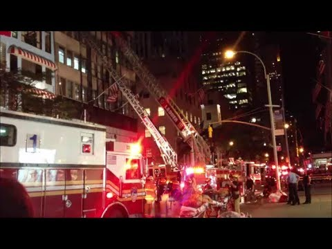 FDNY Battaling A 3rd Alarm Fire In TGI Fridays Restaurant On 5th Ave In Midtown Manhattan